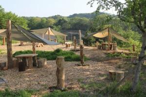 5月2日ゴールデンウィーク中日です。ガーデンバーベキューサイトができました。自然の中でバーベキューを楽しんでくださいね。